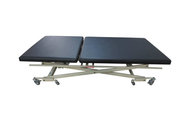 bobath-table-40×77-with-control-bar-lowest-position
